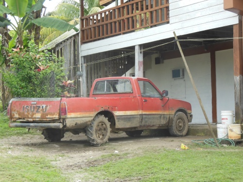 A pretty typical Belizean vehicle (check out those rear tires!)... It would be fun if the vehicles came with biographies (I think many make it to Belize after being written off in other countries).