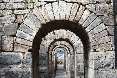 Fun with arches- there is lots of stunning architectural structures that have stood the test of time (and many that have been reconstructed).