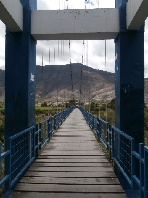 The bridge to Pusir.
